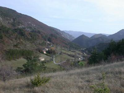 Habitat dispersé de la Comb e d'Arnayon